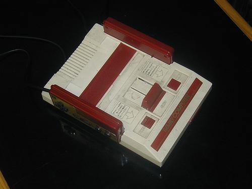 ゲーム機・ファミコン